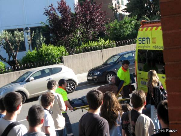 Richard Stallman atès pels serveis d'emergència a Barcelona